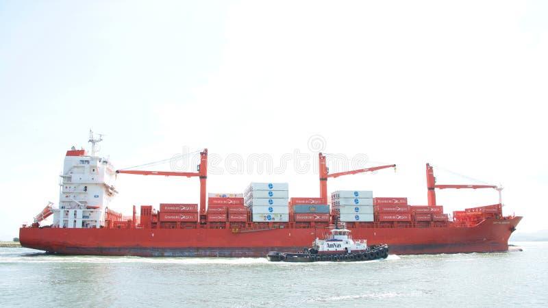 Vrachtschip GLB die PALMERSTON de Haven van Oakland vertrekken stock foto's