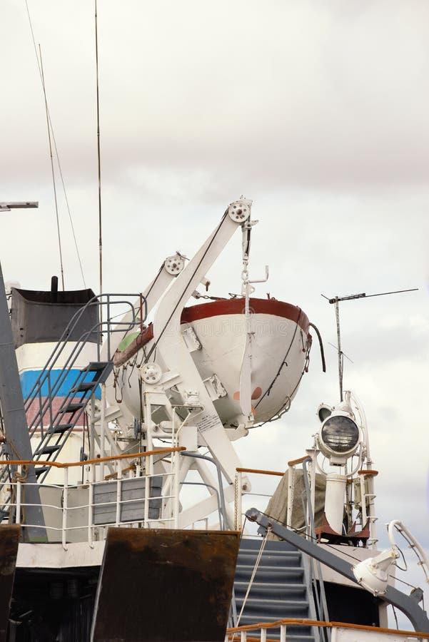 Vrachtschip van de terugslag stock afbeeldingen