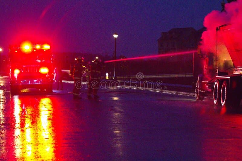 Vrachtwagen Op Brand, Markham, Cathedraltown Redactionele Stock Foto