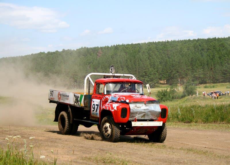 Vrachtwagenras in het hele land royalty-vrije stock fotografie