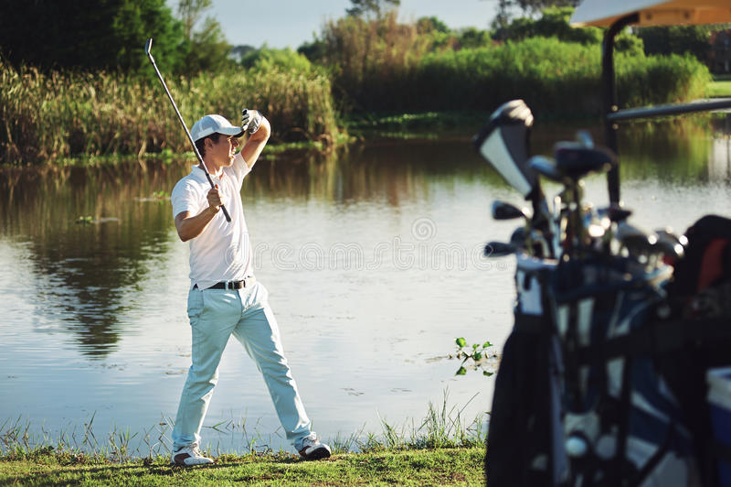 Vrai golfeur photographie stock