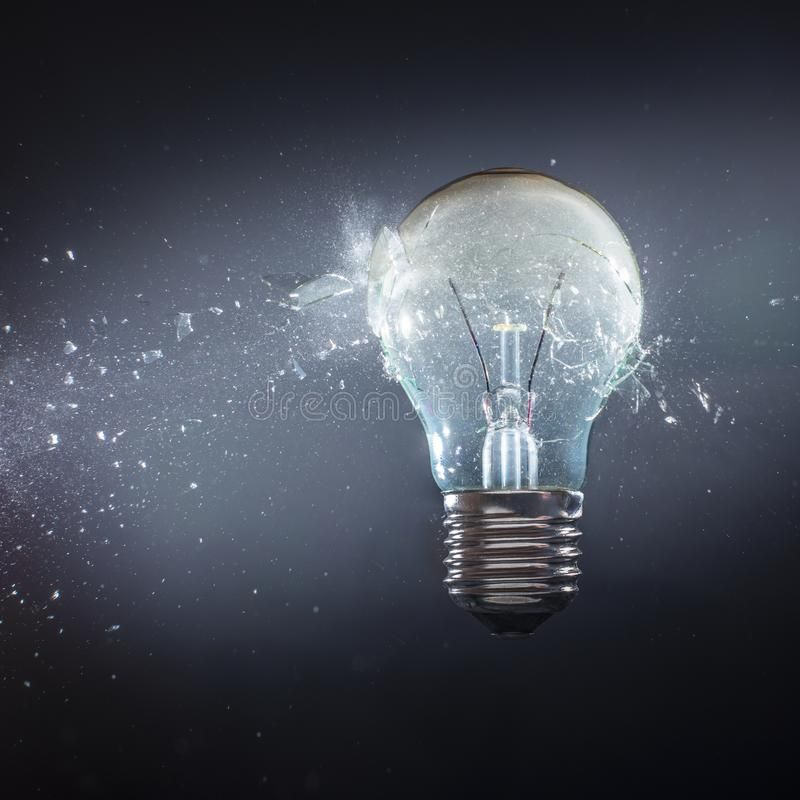 Vraie ampoule de explosion images libres de droits