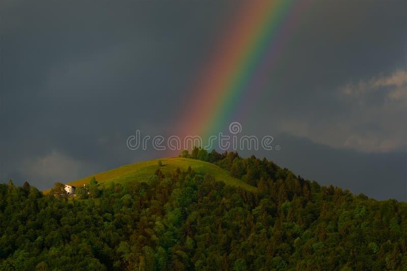 Vraie soirée d'arc-en-ciel photographie stock libre de droits