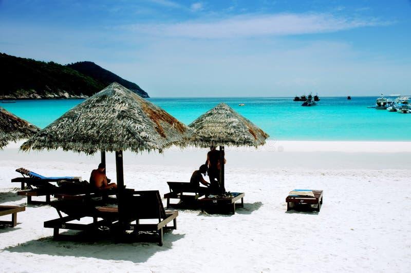 Vreedzaam strandlandschap stock foto