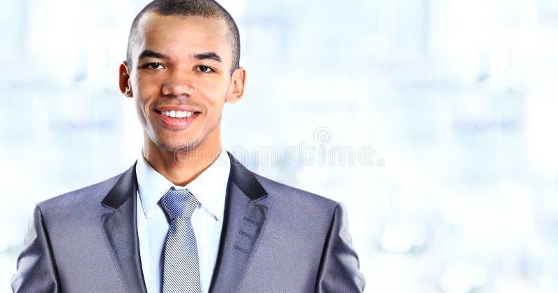 Vreedzame Afrikaanse Amerikaanse zakenman royalty-vrije stock afbeeldingen