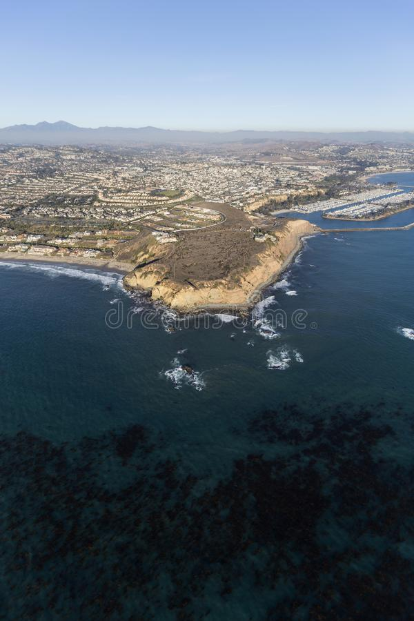 Vreedzame Kelp en Dana Point California Aerial stock foto's