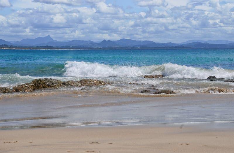 Vreedzame Oceaan in Byron Bay in Australië royalty-vrije stock afbeeldingen