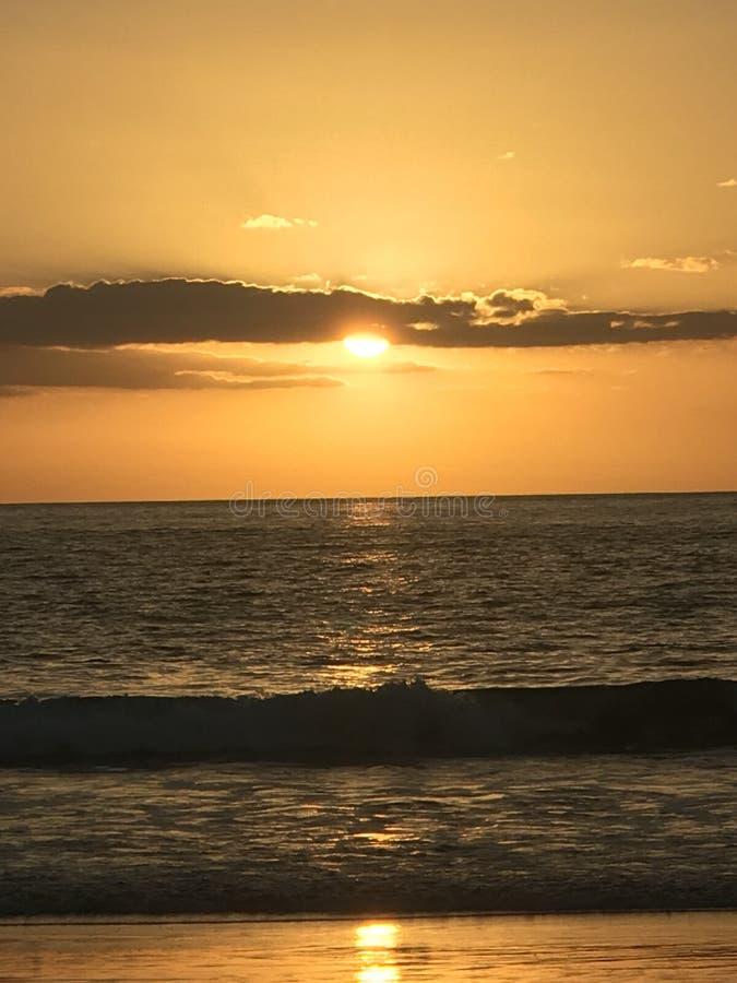 Vreedzame Oceaancosta rica-zonsondergang stock fotografie