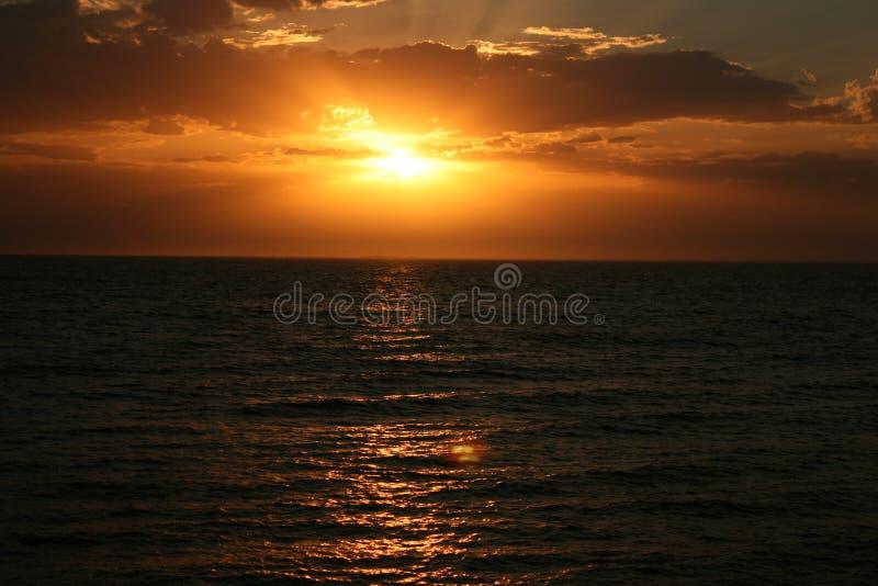 Vreedzame Zonsondergang stock afbeeldingen