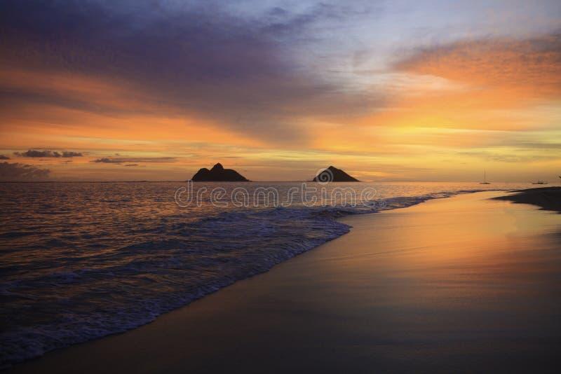 Vreedzame zonsopgang in Hawaï stock afbeelding