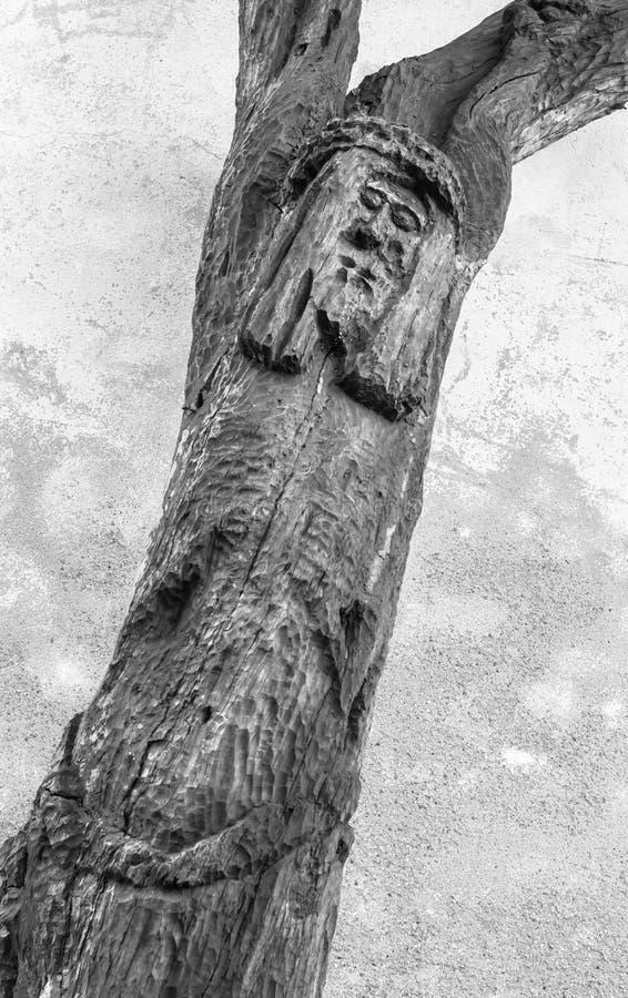 Vreemd cijfer van Jesus op het kruis stock foto