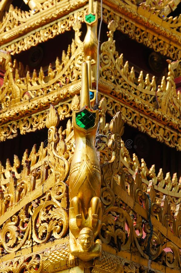Vreemd detail van Wat Phra Kaew Don Tao, Lampang, Noordelijke Thail stock afbeeldingen