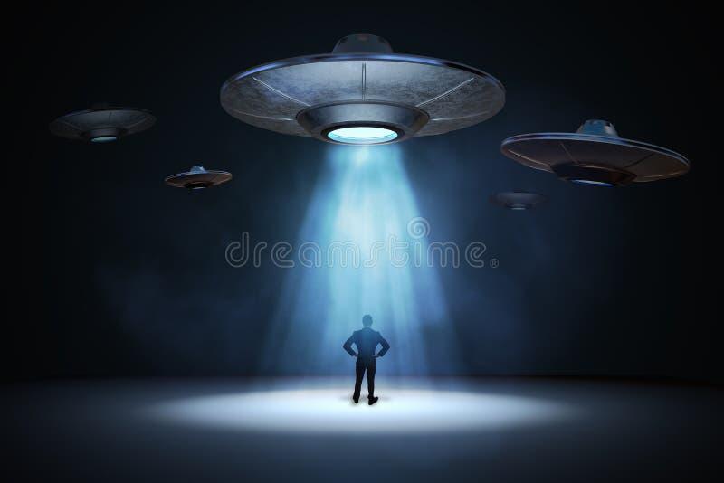 Download Vreemd Invasieconcept Mens Die Zich Onder Lichtstraal Van Vliegend UFOruimteschip Bevinden 3D Teruggegeven Illustratie Stock Illustratie - Illustratie bestaande uit straal, saucer: 107702603