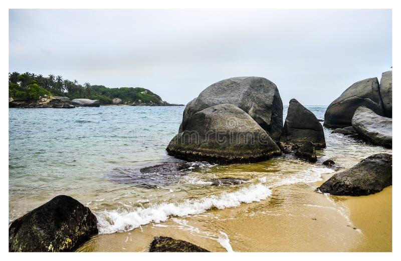 Vreemd strand van Tayrona stock foto
