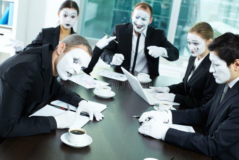 Vreemde vergadering stock afbeeldingen