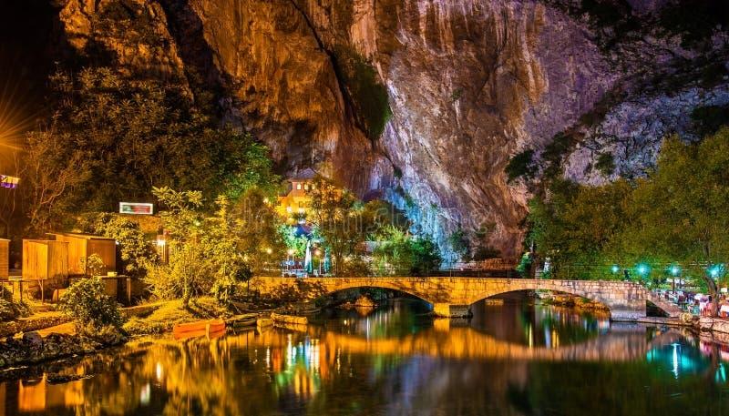 Vrelo Bune, fonte do rio do Buna, em Blagaj imagens de stock royalty free