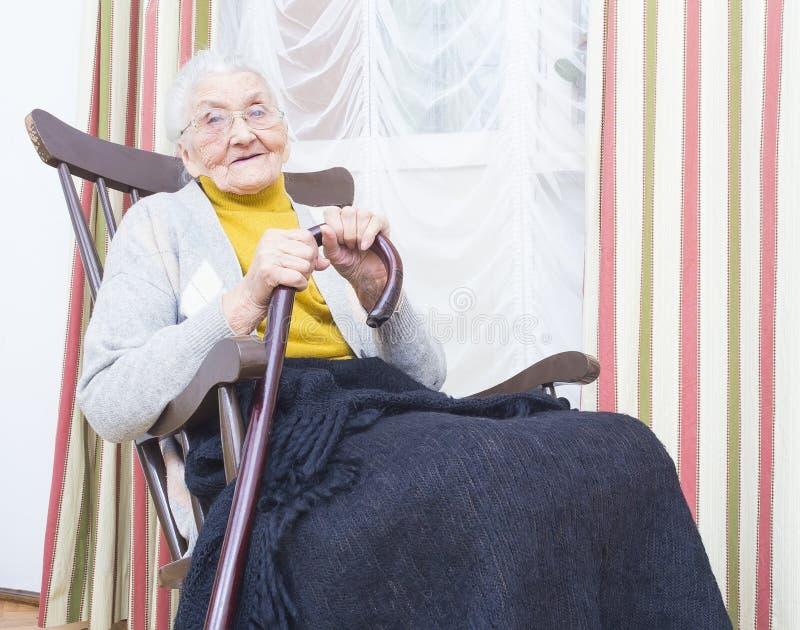 Vriendelijke Bejaarde Dame royalty-vrije stock afbeeldingen