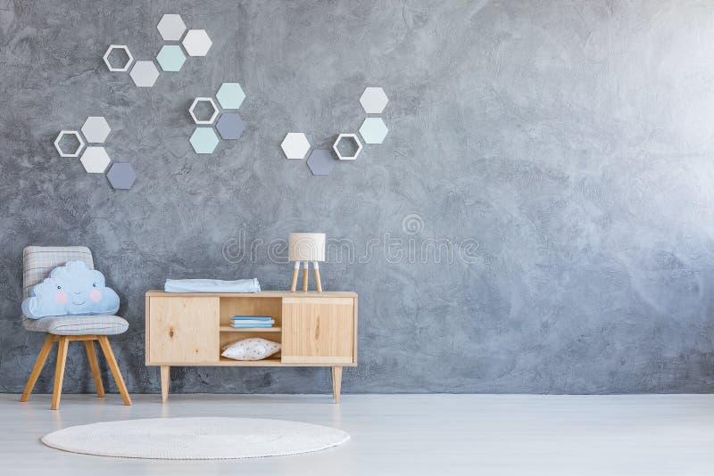 Vriendelijke ruimte met hexagon decoratie royalty-vrije stock afbeeldingen