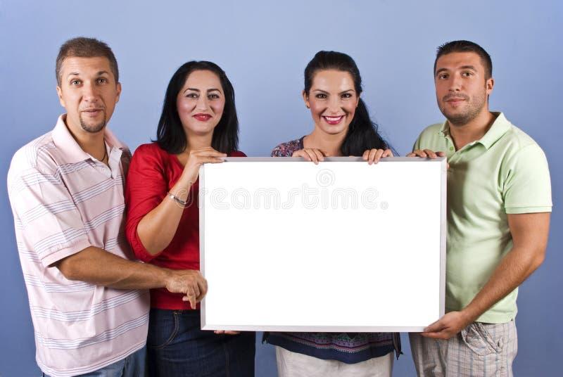 Vrienden met banner royalty-vrije stock fotografie