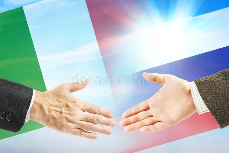Vriendschappelijke relaties tussen Rusland en Italië stock foto