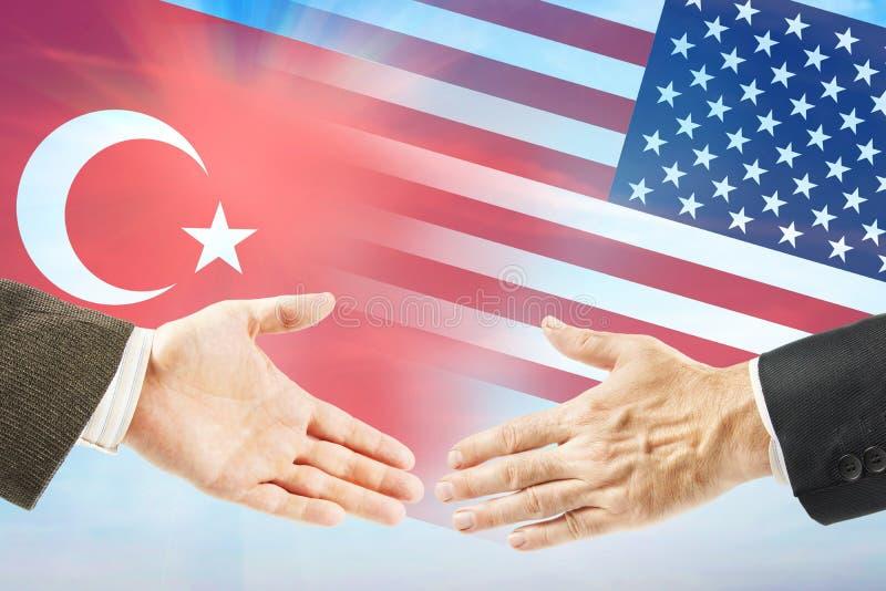 Vriendschappelijke relaties tussen Verenigde Staten en Turkije stock foto's