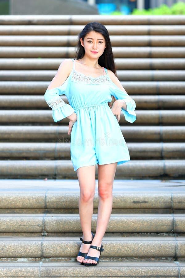 Vrij Aziatisch Meisje royalty-vrije stock afbeeldingen