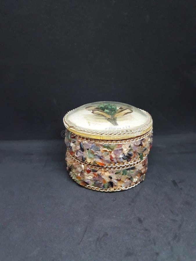 vrij kleurrijke juwelenhouder stock foto