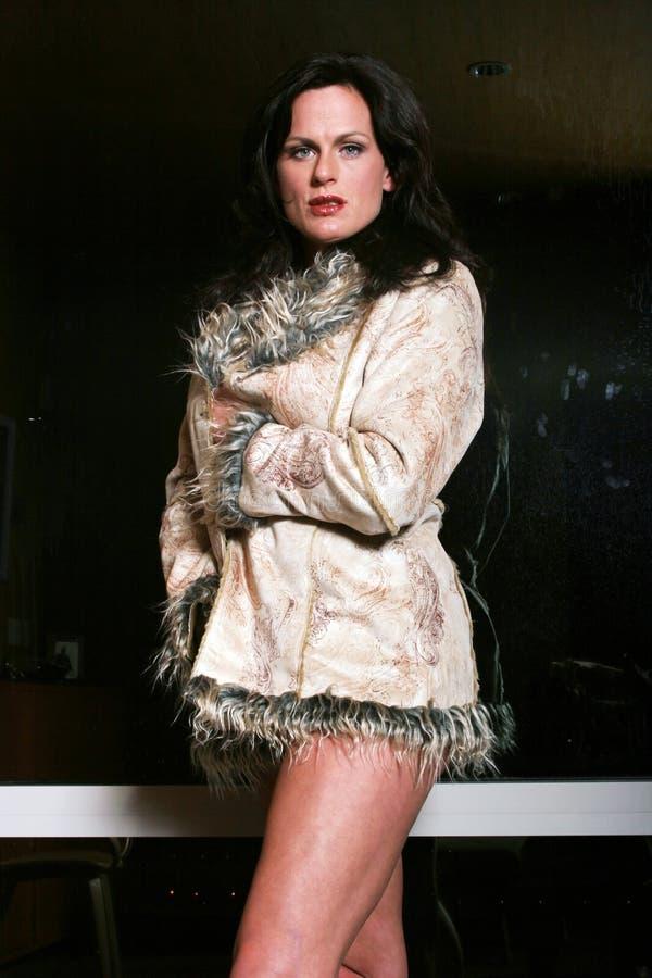 Vrij modieuze vrouw stock fotografie