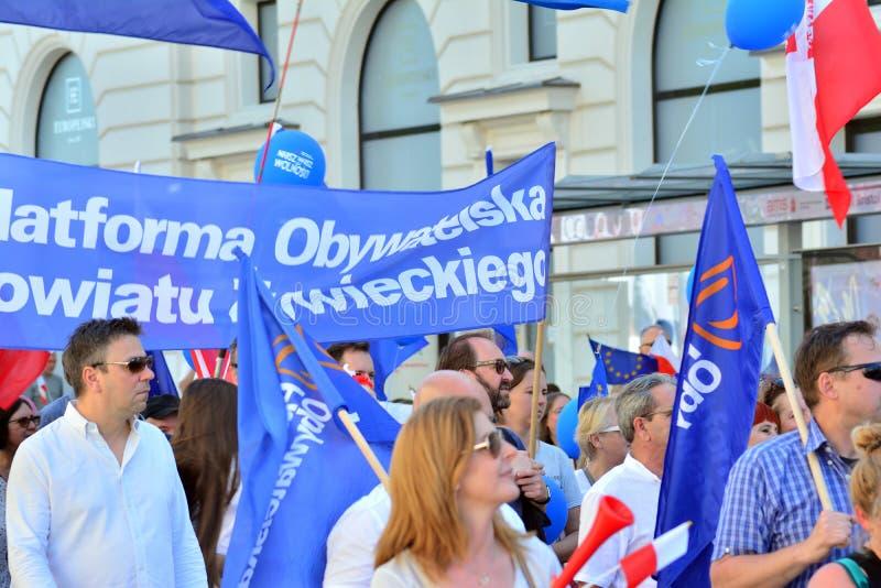 Vrijheid Maart Polen maart om overheid aan de kaak te stellen, die democratie eroderen royalty-vrije stock afbeelding