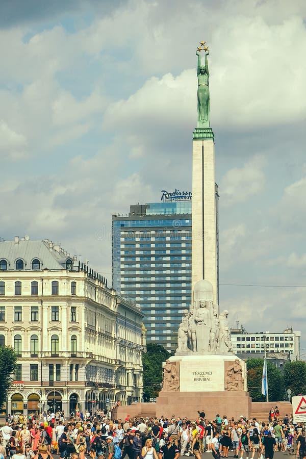 Vrijheidsmonument in geheugen van de gevallen vechters voor onafhankelijkheid van Letland stock afbeelding