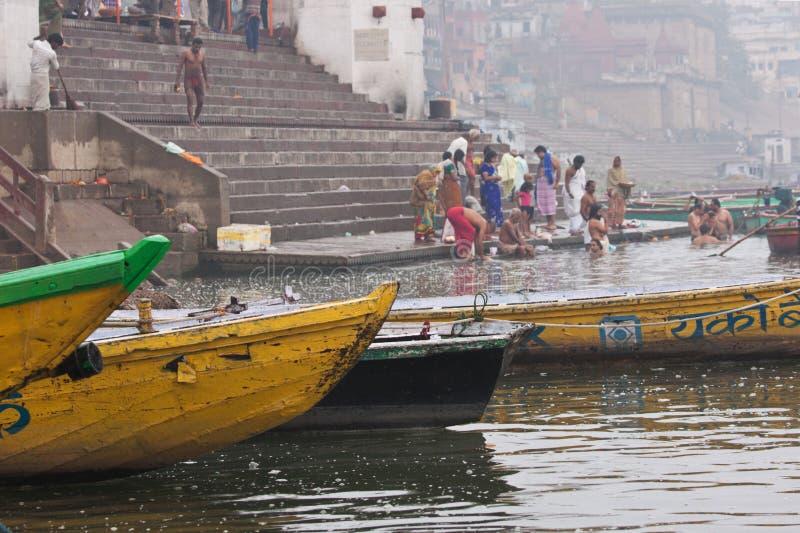 Vroeg ochtend Hindoes ritueel stock foto