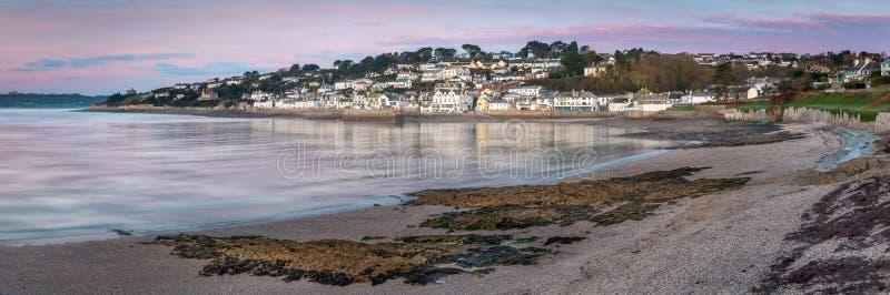 Vroeg Ochtendlicht over St Mawes in Zuid-Cornwall stock afbeeldingen