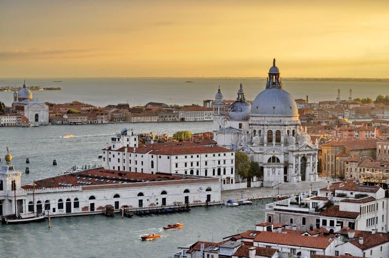 Vroege avondhemel over Venetië royalty-vrije stock foto's