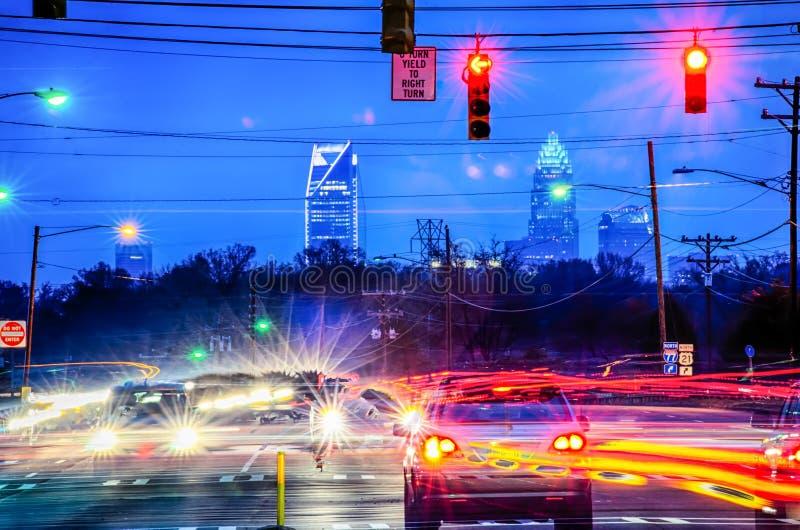 Vroege ochtendzonsopgang over de stadshorizon van Charlotte royalty-vrije stock foto's