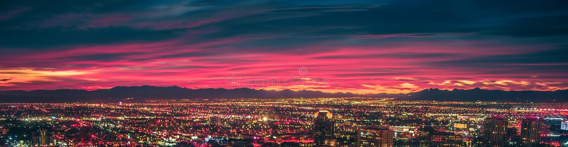 Vroege ochtendzonsopgang over vallei van brand en las vegas stock fotografie