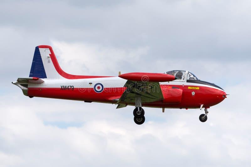 Vroeger Royal Air Force die p-84 Jet Provost T jagen straal de trainervliegtuigen van 3A XM479 g-BVEZ op benadering om RAF Waddin stock fotografie