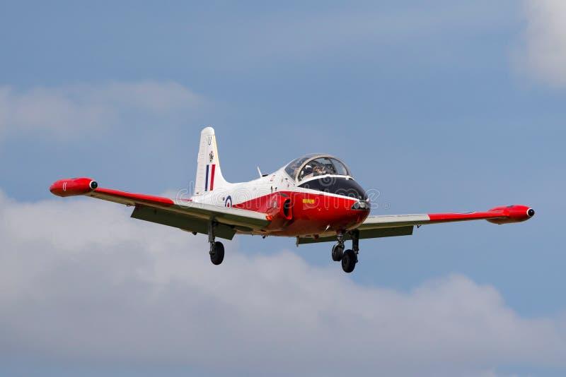Vroeger Royal Air Force RAF BAC Jet Provost T 4 straal de trainervliegtuigen van XW324 g-BWSG op benadering om RAF Waddington te  royalty-vrije stock fotografie