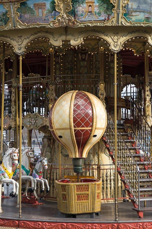 Vrolijk Parijs, gaat rond royalty-vrije stock afbeeldingen