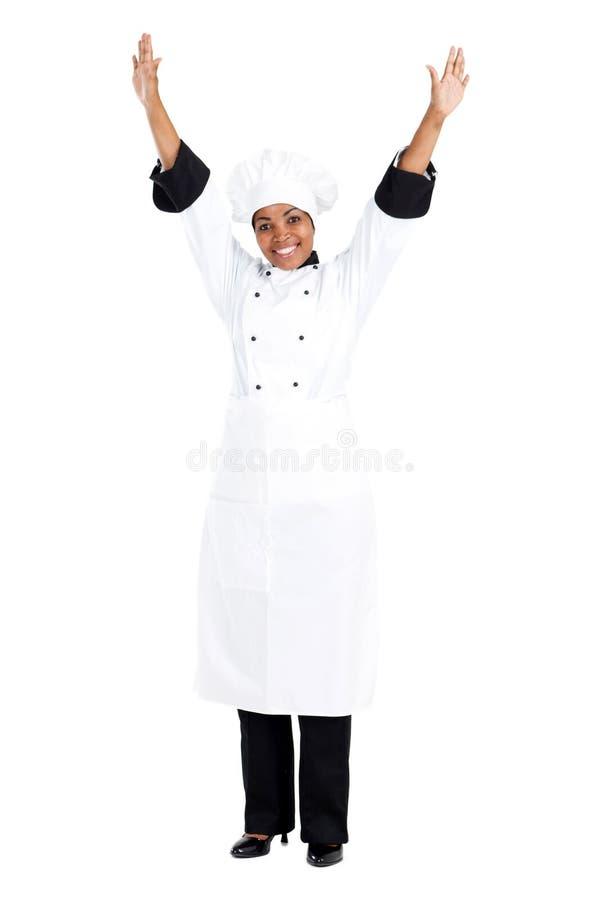 Vrolijke Afrikaanse chef-kok royalty-vrije stock afbeelding