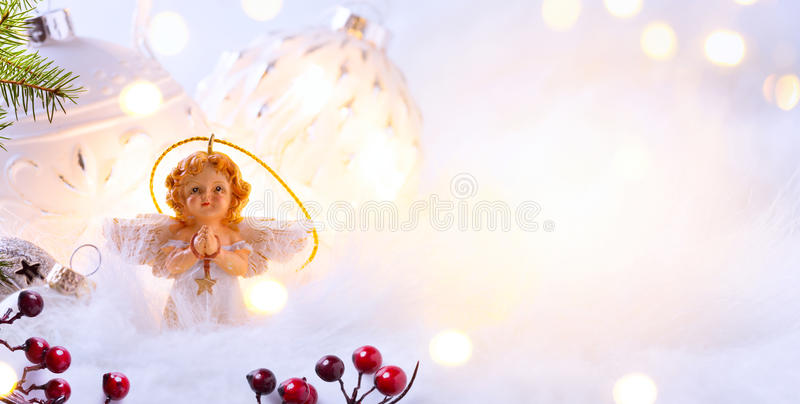 Vrolijke Kerstmis; Vakantieachtergrond met het ornament van de Kerstmisboom royalty-vrije stock foto