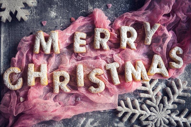 Vrolijke Kerstmiskoekjes stock afbeelding
