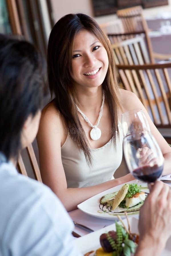 Vrouw bij Diner royalty-vrije stock afbeelding