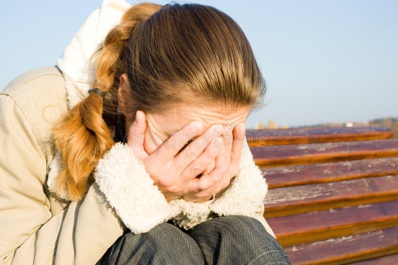 Vrouw in depressie stock afbeeldingen