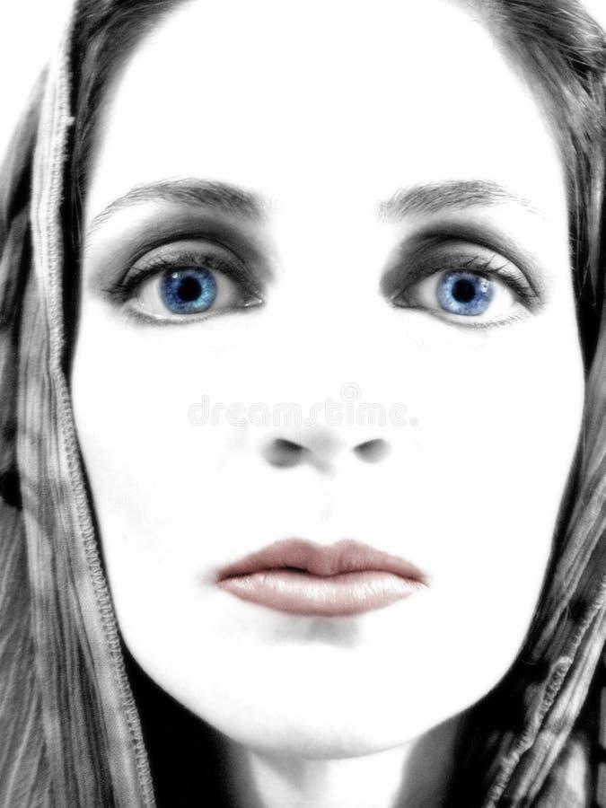 Vrouw die vooruit Portret staart royalty-vrije stock afbeelding
