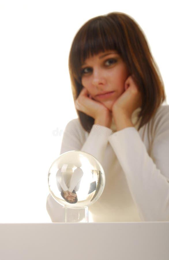 Vrouw en magische bal royalty-vrije stock foto's