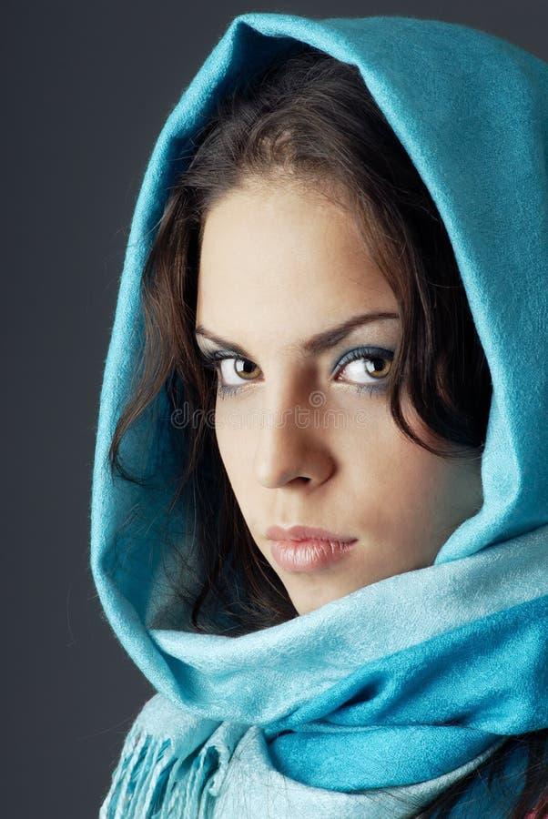 Vrouw in headscarf royalty-vrije stock foto's