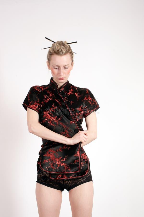 Vrouw In Kimono Stock Foto