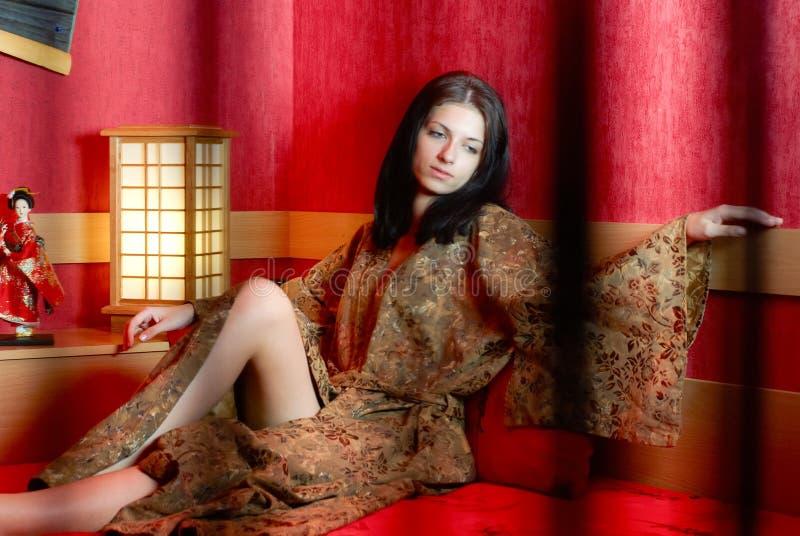 Vrouw in kimono royalty-vrije stock fotografie