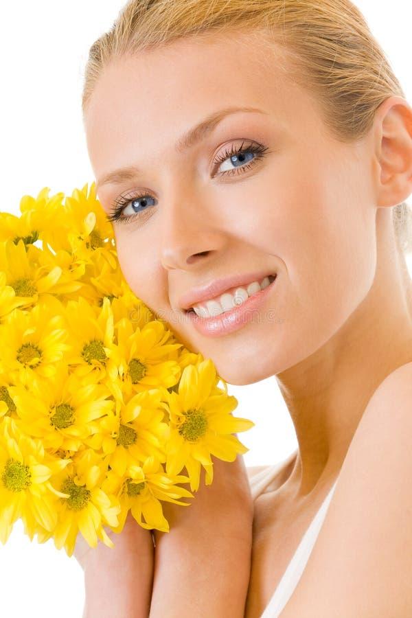 Vrouw met boeketbloemen stock afbeeldingen