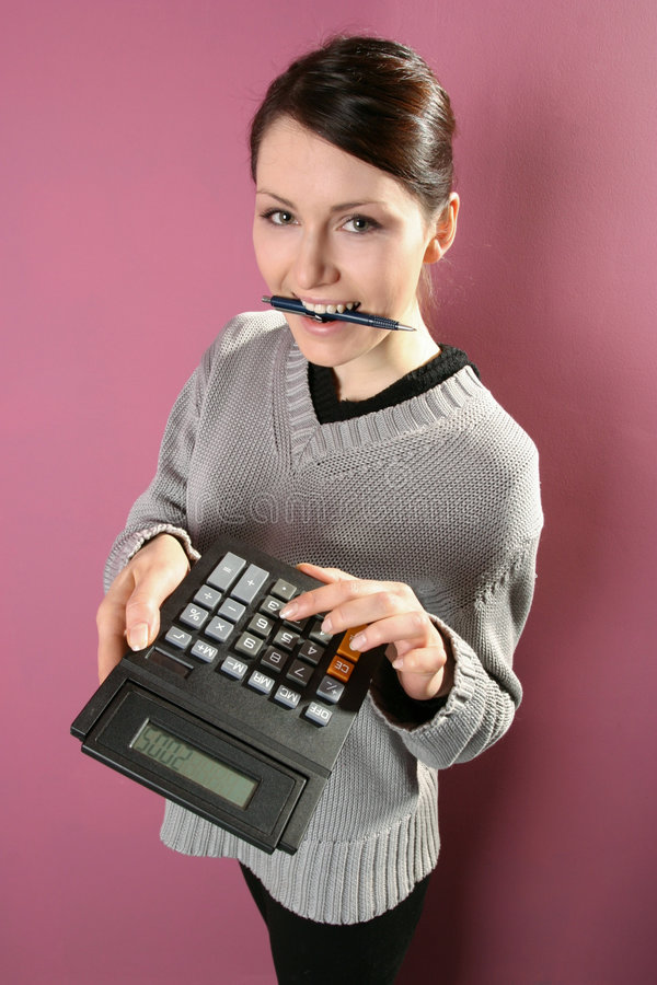 Download Vrouw met calculator stock afbeelding. Afbeelding bestaande uit persoonlijk - 1688629